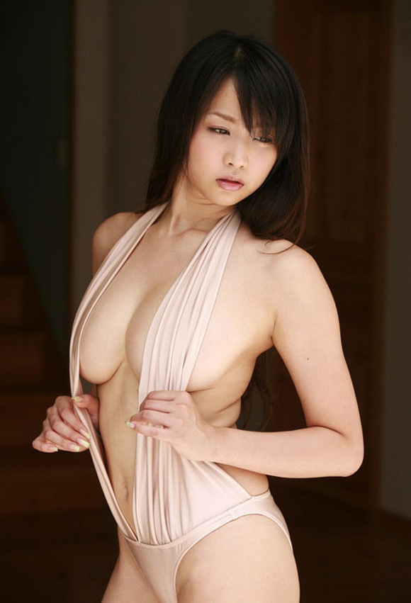 akina-aoshima-naked-asian-gravure-model-3