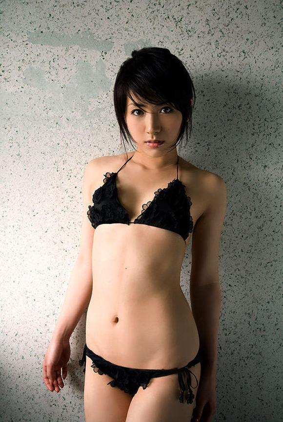 atsumi-ishihara-naked-asian-gravure-model