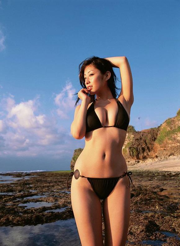 hiroko-sato-naked-asian-gravure-model-8