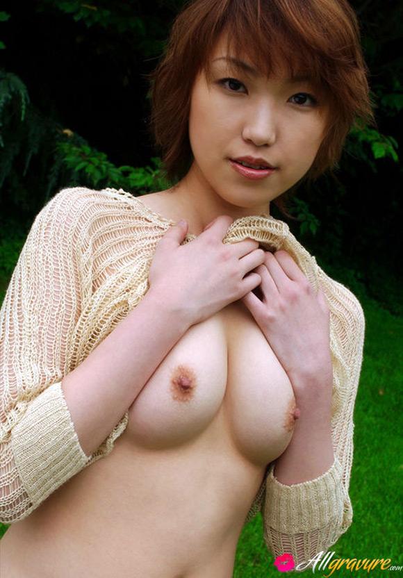 madoka-kikuhara-naked-asian-gravure-model