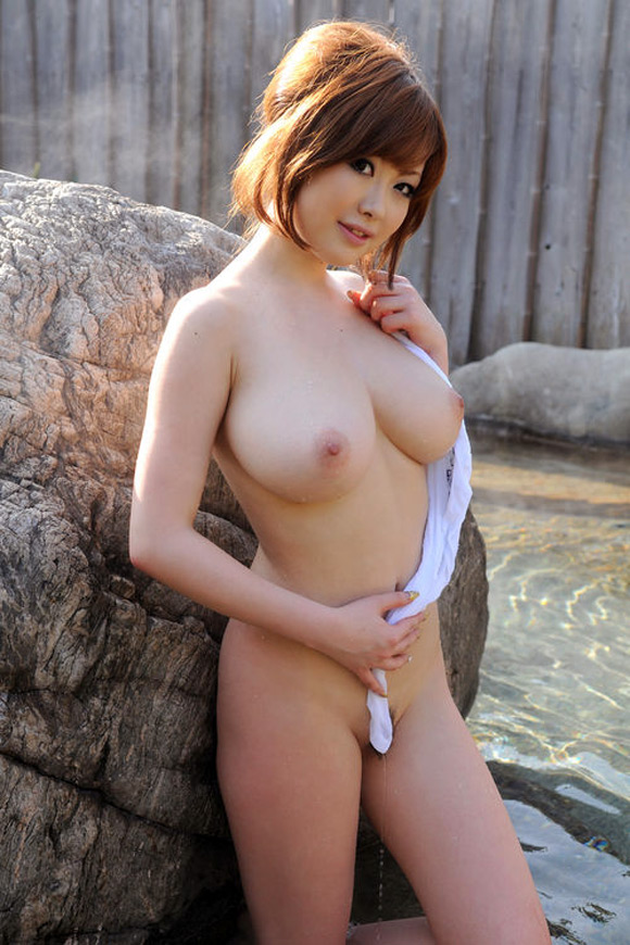 rio-hamasaki-naked-asian-gravure-model-3