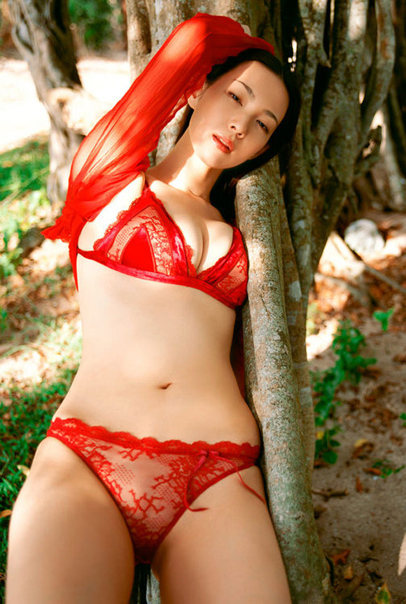 saori-amakawa-naked-asian-gravure-model
