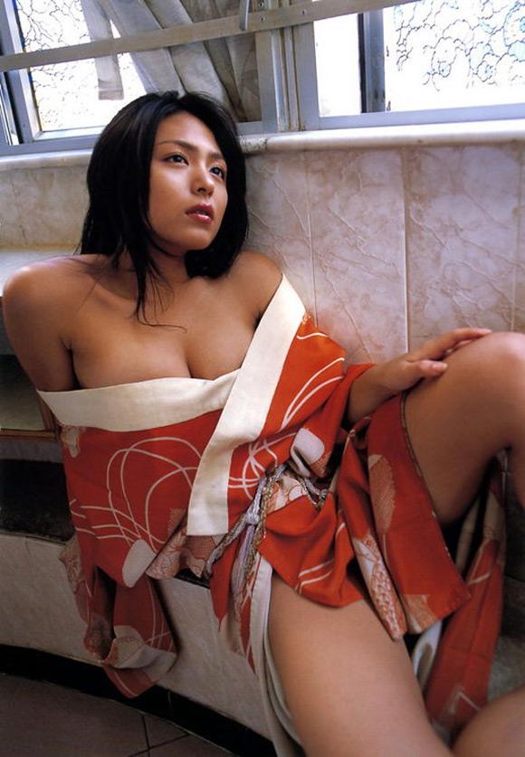 yukie-kawamura-naked-asian-gravure-model-12