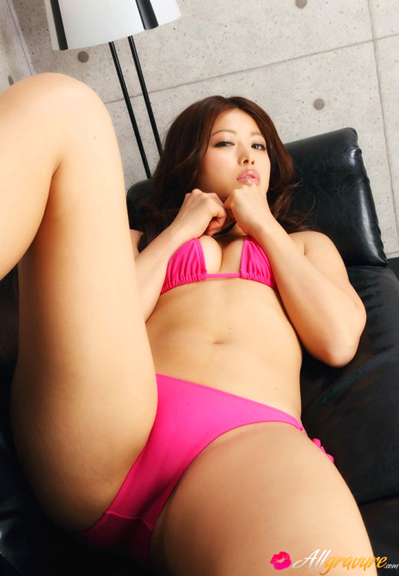 asuna-kawai-naked-asian-gravure-model