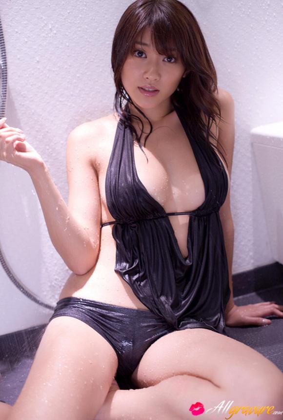 Nude photos of shriya saran