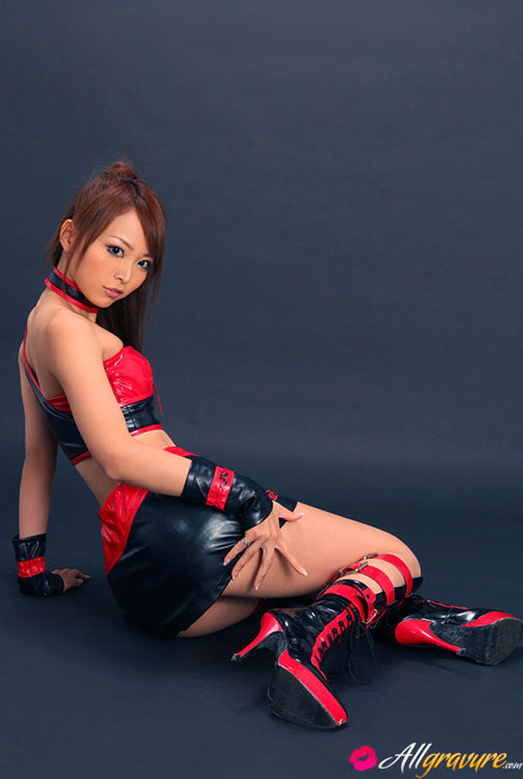 momoka-narushima-naked-asian-gravure-model